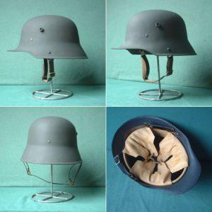 (English) M16 German Helmet – Reproduction